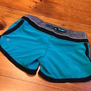 LULULEMON 4 Unlined Athletic Shorts Zipper